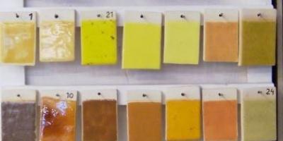 taller montevideo- instalaciones 2 Variedad de esmaltes para cerámica muestras